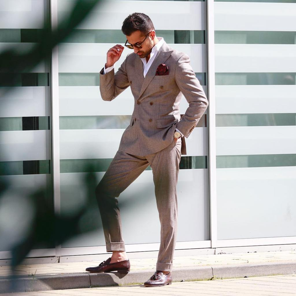 A light double breasted summer power suit.