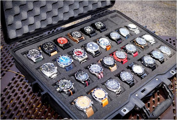 Mens Gear WATCH COLLECTOR CASES BY THE MARTINATOR