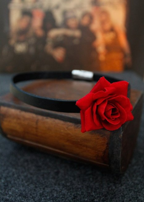 Ladies Handmade Gothic Punk Leather Choker Necklace Red