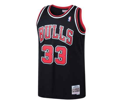 premium selection 39fb2 f1618 Mitchell & Ness | Chicago Bulls | Scottie Pippen | 1997-98 Hardwood  Classics | Swingman Jersey | Black | Gent's & G's