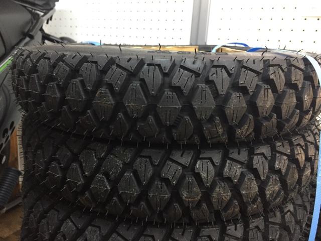 スクーター用スタッドレスタイヤ