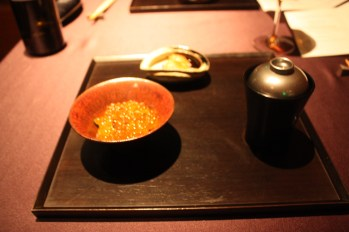 Steamed Rice Topped with Ikura Salmon Roe
