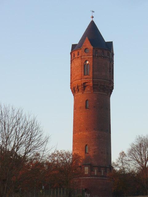 Wasserturm  Jueterbog MGRS 33UUT6762  Geograph