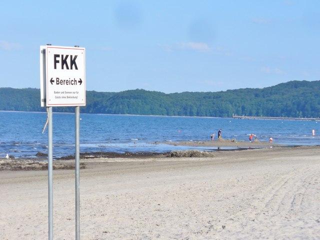 Prorer Wiek  FKK Bereich Prora Bay  Nude Bathing Area