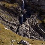 Der Wasserfalls ergiesst sich in die Segnesebene