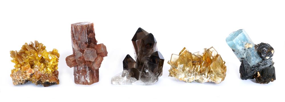 Identification-mineraux-tuto-guide-pierres-collection-reconnaitre-mineral-quartz-aragonite-baryte