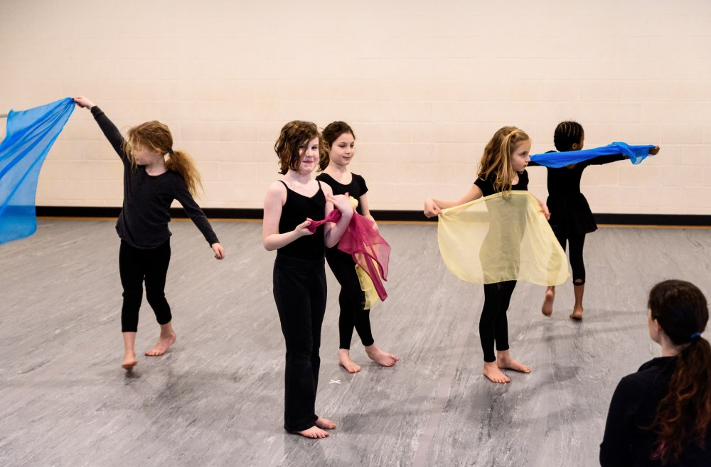 Children at a Local Motion Project Class.