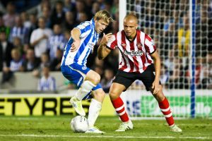 The ball skills of Craig Mackail-Smith