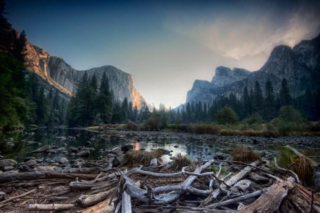 Yosemite-sunrise-landscape