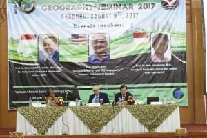 Penyelenggaraan Seminar Internasional oleh Pendidikan Geografi UPI