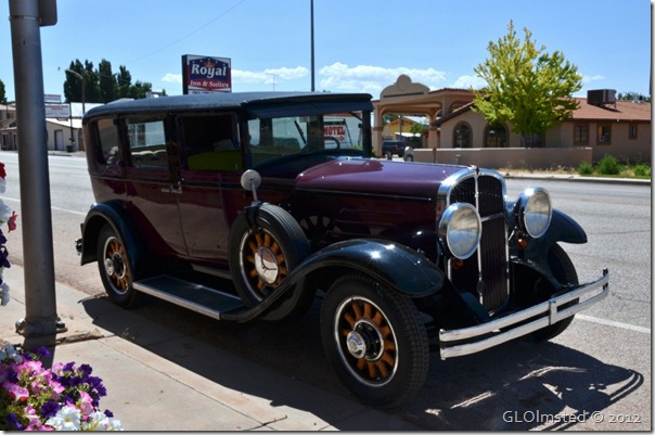 01 Old car Kanab UT (1024x678)