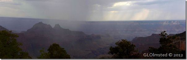 03e Showers over the canyon from Lodge NR GRCA NP AZ pano (1024x327)