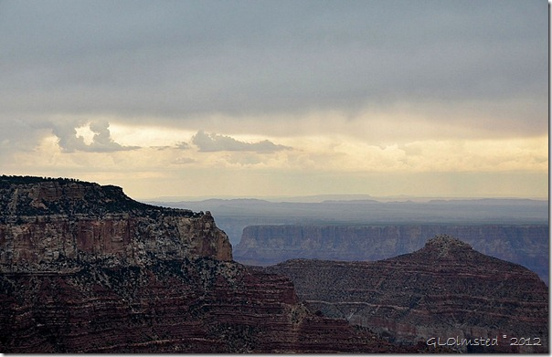05ehdr View SE across canyon to Navajo land as storm approaches from Cape Royal NR GRCA NP AZ (1024x661)