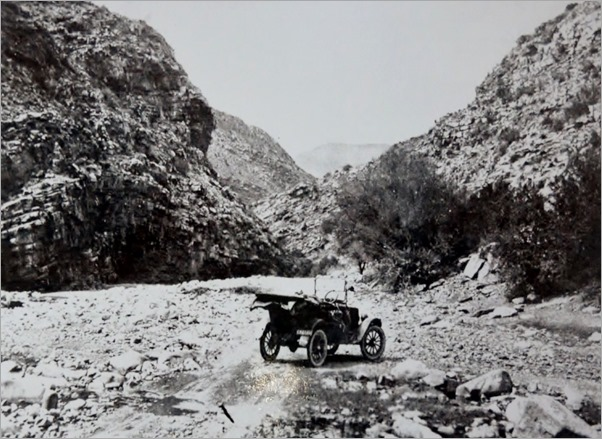 Historic Meiringspoort Pass SA