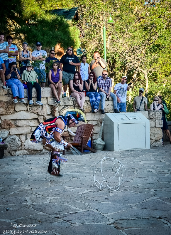 05s DSC_5196clerw Derek Suwaima-Davis Hoop dance Heritage Days NR GRCA NP AZ fff164-2 (583x800)