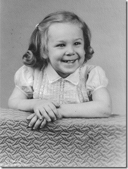 Gaelyn 3 years old Studio photo 1957 Illinois