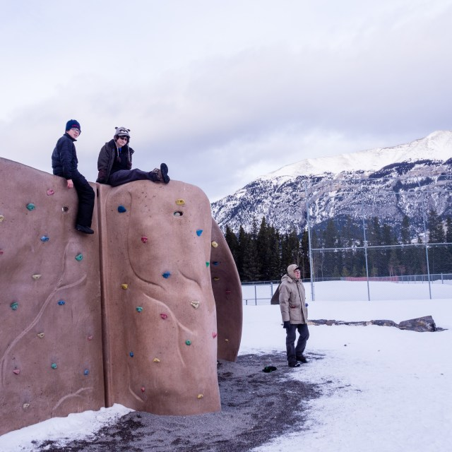 outdoor-climbing-wall