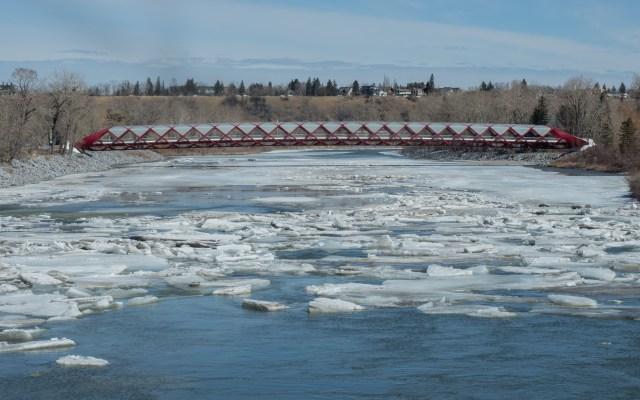 spring-break-up-Bow-River