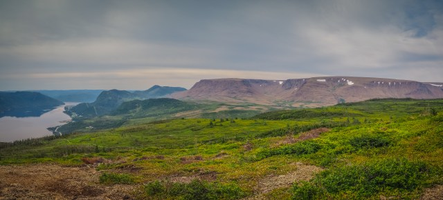 gros-morne-tablelands-from-lookout-trail