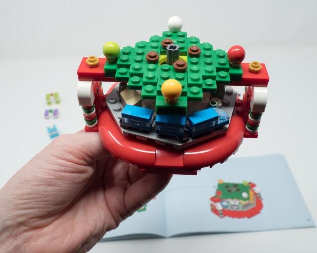 lego-40338-bottom-of-tree