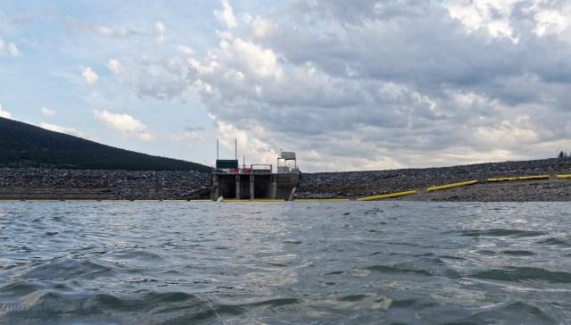 Barrier hydro plant