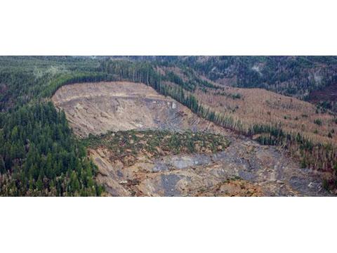 Vista aérea, Deslizamiento de Oso, Condado Snohomish, Marzo 27, 2014