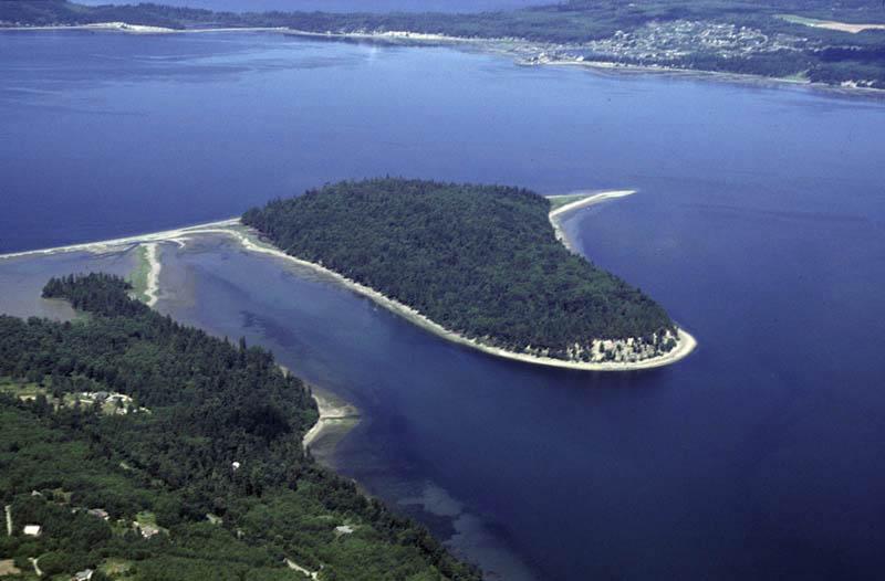 Tombolo. Puget Sound. WA – Geology Pics