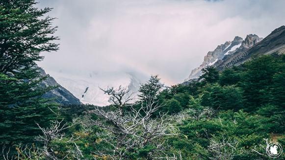 Arc-en-ciel légé lors de la randonnée Laguna Torre