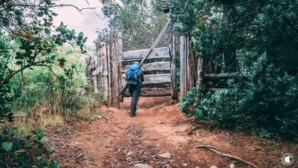 Enora sur le sentier Hielo Azul à El Bolson