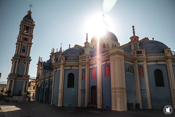 Eglise, Salta