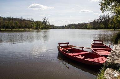 Le lac du parc du domaine de Dampierre