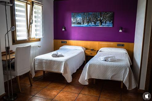 Chambre du gîte Enbutegi à Urnieta - blogtrip Nekatur