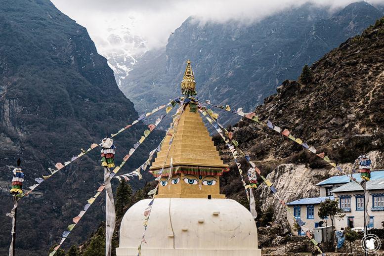 Trek des 3 cols - Stupa de Namche Bazaar