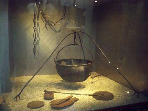 Viking cooking pot