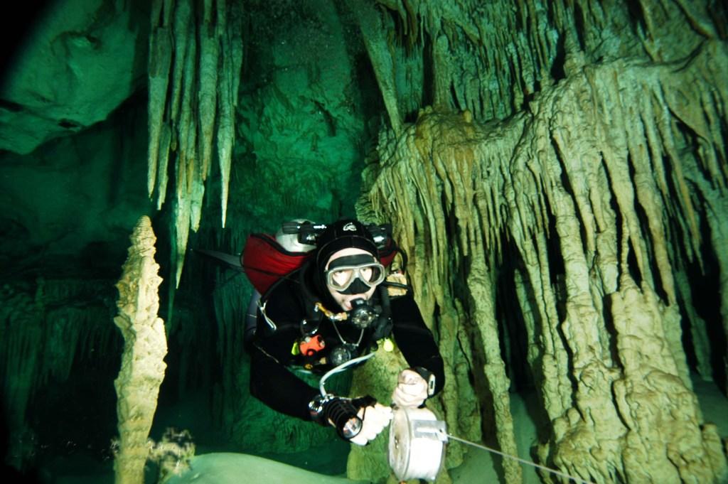 Erweiterte Suche mit Georadar und Unterwassermetalldetektor