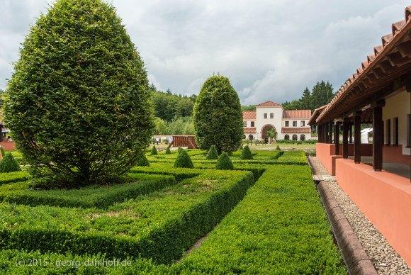 Innenhof von Villa Borg - Bild Nr. 201507194769