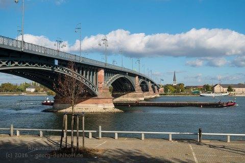 Theodor-Heuss-Brücke - Bild Nr. 201610295405