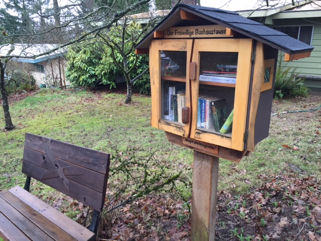 Lending library on SW 32nd Avenue.