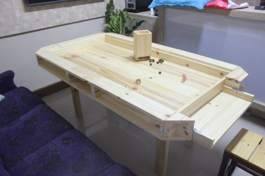 board_game_table_40