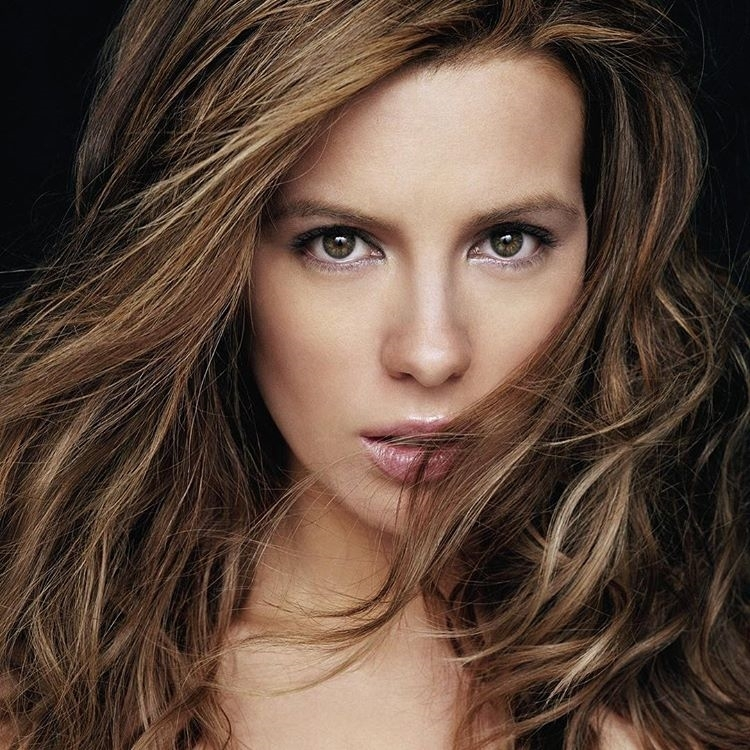 Gorgeous woman. regram @saltlakecomiccon Meet Kate Beckinsale at #FANX16 on Saturday, March 26! Best known for playing the #vampire Selene in the #Underworld series and more! Event info and ticket link in bio! 😍  #katebeckinsale #utah #idaho #wyoming #nevada #movies  #video #movie #film #films #videos #actor #actress #cinema #dvd #amc #instamovies #star #moviestar #photooftheday #hollywood