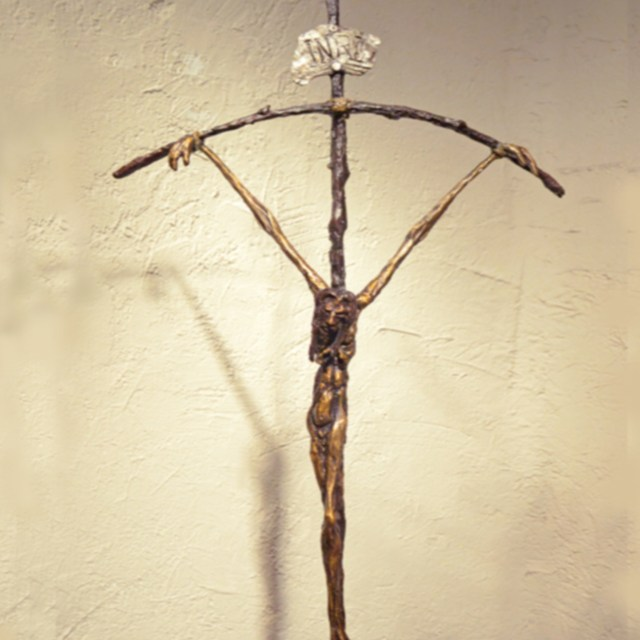 Cross bowed
