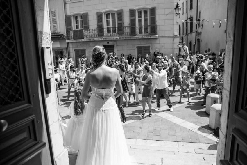 Mariage-bord-de-plage-canebiers-Tropez-Photographe-Georges-Panossian