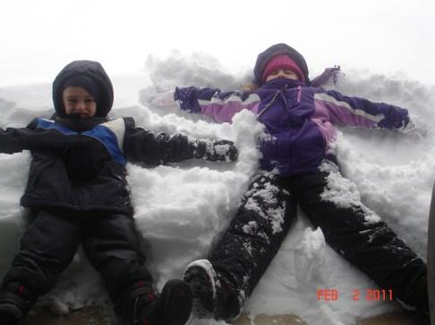 snow angels 2011