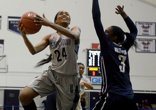 Running the Gauntlet: Women's basketball captures five wins during extended road trip