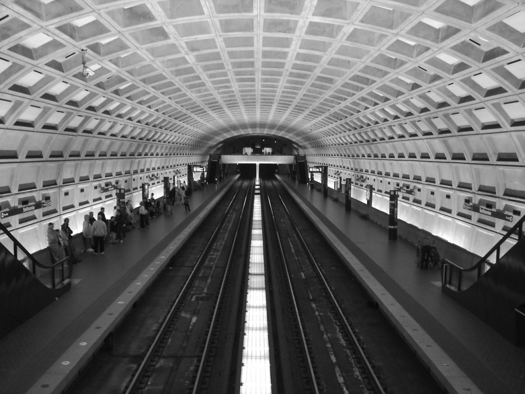 Expect Delays: Washington Metro Leaves Riders Waiting for Change