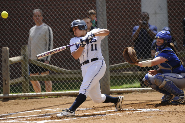 Softball can't pull out tight games, finishes 1-4 at Chanticleer showdown