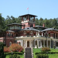 About Sights - Romanov Palace in Likani