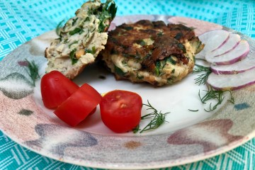 Turkey patties with spinach and sweet potato