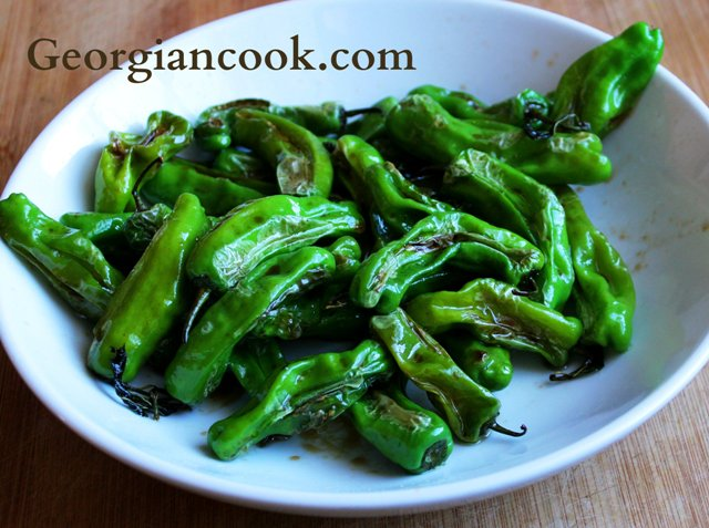 shishito peppers with ginger and soy sauce