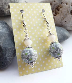 Georgia P Designs Polymer Clay Daisy Beaded earrings